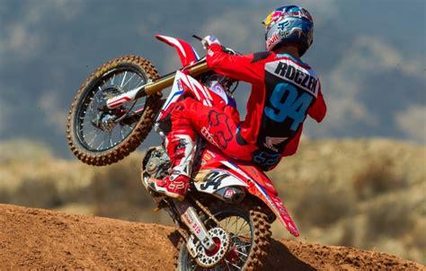 ama motocross sign american honda signs ken roczen to multi year contract