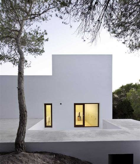 moliner house zaragoza building house design
