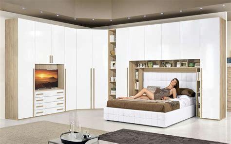 armadio a ponte matrimoniale mondo convenienza mondo convenienza 2017 camere da letto foto design mag