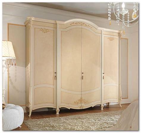 armadi classici avorio mobili buscemi arredamenti armadio prestige patinato