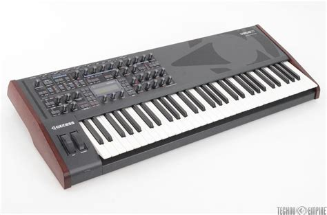 Keyboard Virus access virus ti 61 key synthesizer keyboard synth w cables 28173