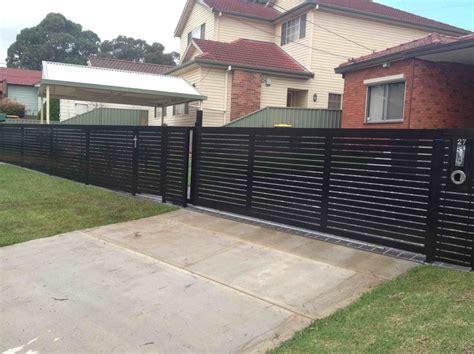 horizontal metal slats driveway google search horizontal fences  gates horizontal slat