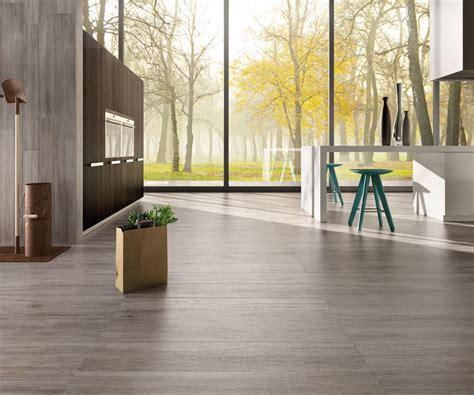 pavimento simil parquet rovere cenere pavimenti effetto legno in gres porcellanato