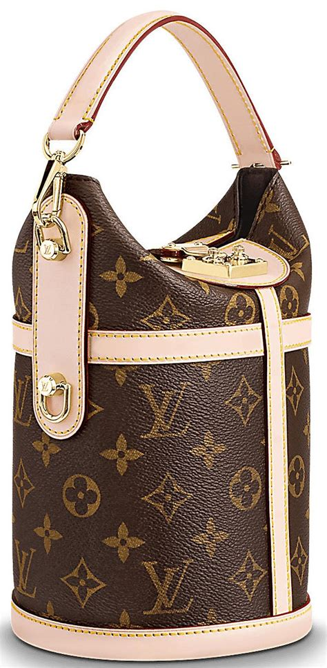 louis vuitton classic duffle bag bragmybag