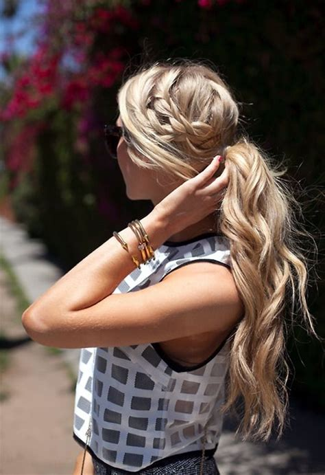 Easy Hairstyles For With Thick Hair by 45 Easy Hairstyles For Thick Hair Fashion Enzyme