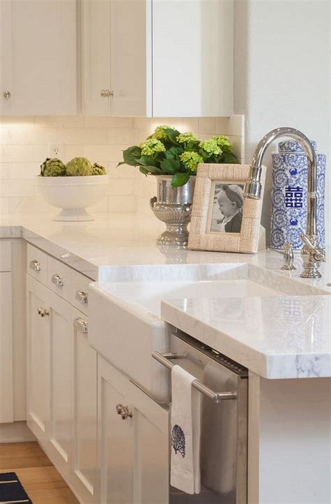 quartz kitchen countertop ideas best 25 quartz kitchen countertops ideas on pinterest
