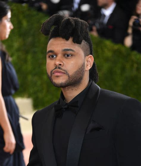 the weekend new hair style the weeknd cut his hair check out his new do extratv com