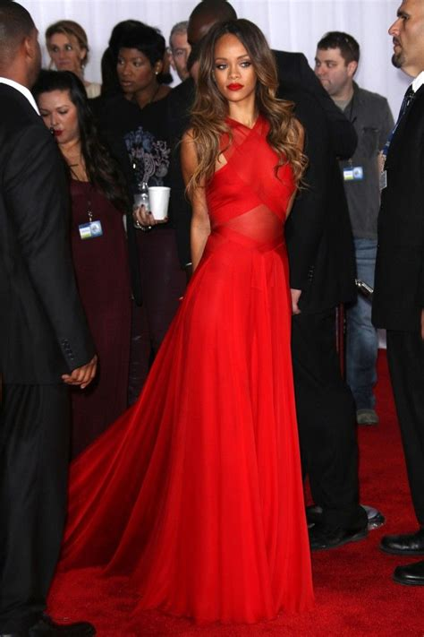 rihanna best dresses best 20 rihanna carpet dresses ideas on