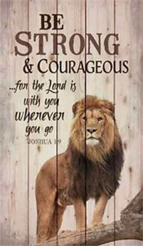 be strong amp courageous joshua 1 9 distressed pallet wood