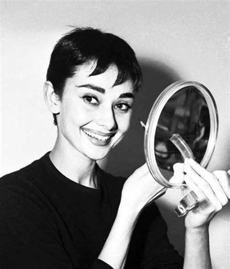 10  Audrey Hepburn Pixie Cuts   Short Hairstyles 2017