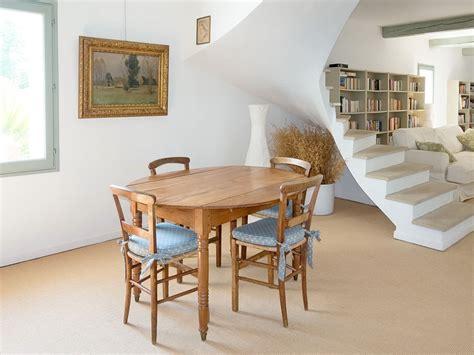 esszimmer le ohne strom ferienhaus provenzalisches steinhaus mit beheizbarem pool