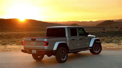 2020 jeep gladiator overland 2020 jeep gladiator used car reviews review release