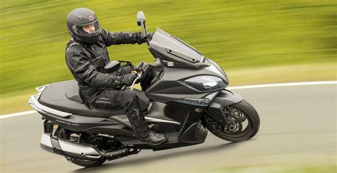 E Motorräder Roller by Kymco Bringt Sportlichen Roller 187 Twin Zweiradmessen