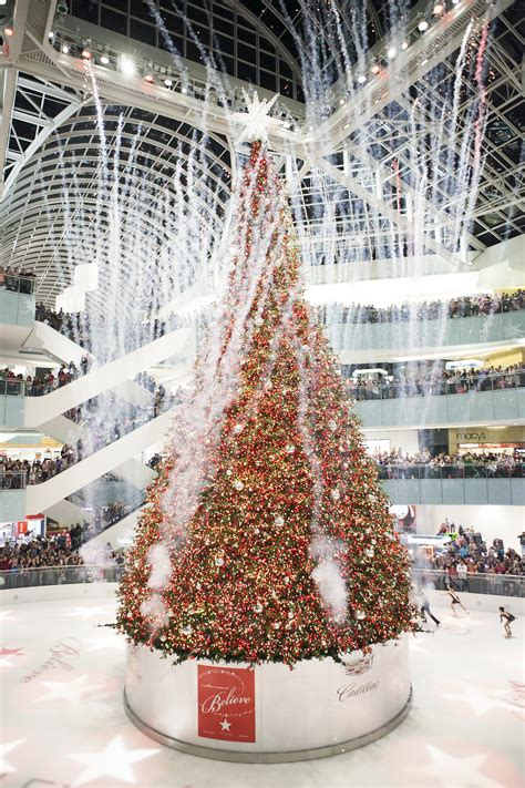 a galleria dallas holiday preview