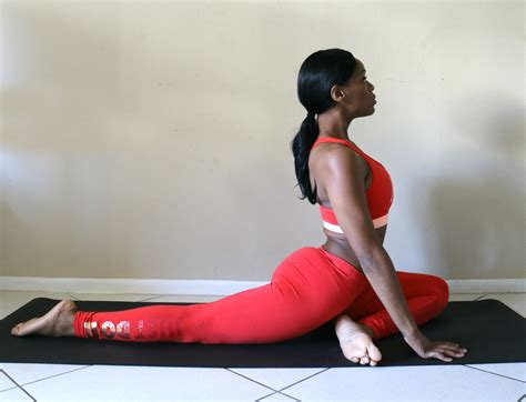 video tutorial yoga 8 yoga poses to help you get into the splits beauty