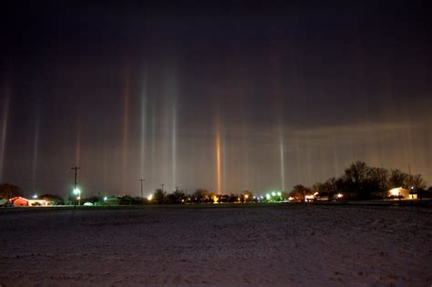 light pillars the stunning natural phenomenon of light pillars