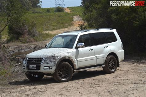 pajero mitsubishi 2015 2015 mitsubishi pajero exceed review video