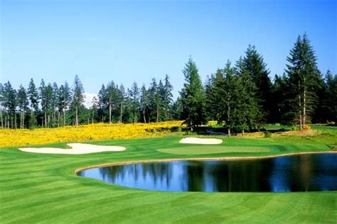 the 389 yard par 4 7th at the home course site of