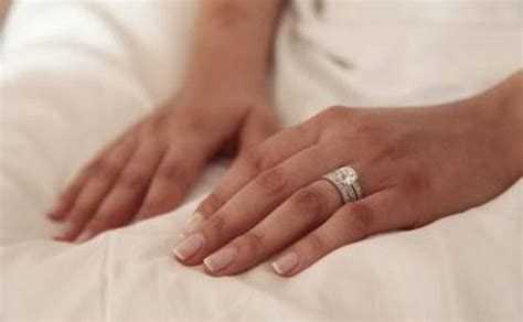 no sidebar tanary jewelry do you wear a promise ring