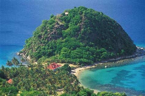 Villa de luxe Le Pain de Sucre Les Saintes Guadeloupe pieds dans l'eau