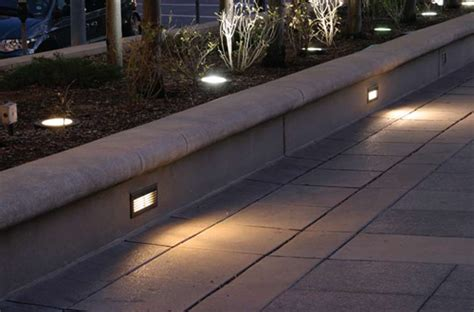 Led Step Lights Outdoor Led Outdoor Step Lights 10 Tips For Buyers Warisan Lighting