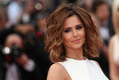 movie short pre execution haircut more pics of cheryl cole short wavy cut 72 of 125