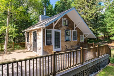cape cod style cottage 348 sq ft tiny cottage in cape cod