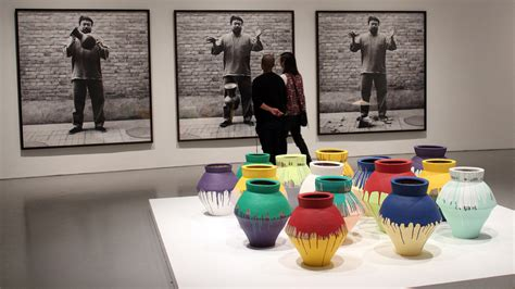 Ai Weiwei Breaking Vase by Painter Smashes Ai Weiwei S Vase Learns The Meaning Of