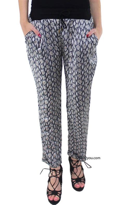 J65 01 Kardigan Bolero Wanita Spandex Big Size Hijau Motif Bunga nico in grays joh clothing apparel cardigan womans dress shrug