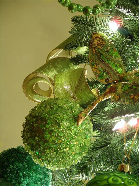 green tree decorations tree decorations ireland decorating