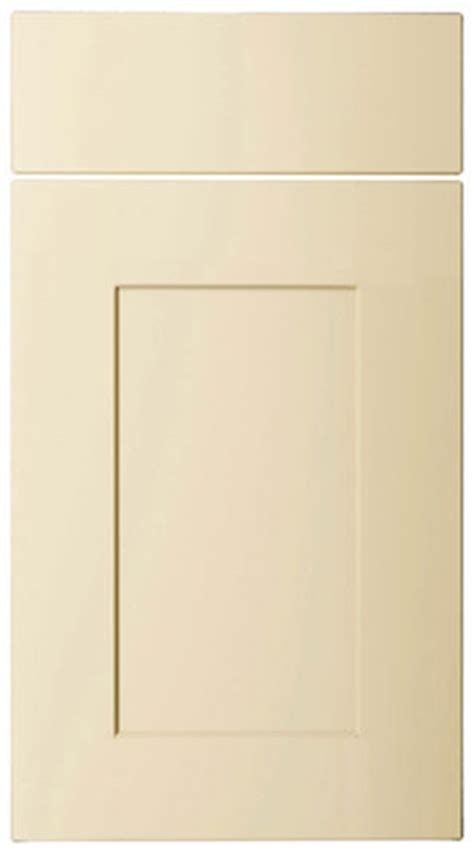 cream kitchen cabinet doors premio shaker kitchen doors kitchen doors replacement