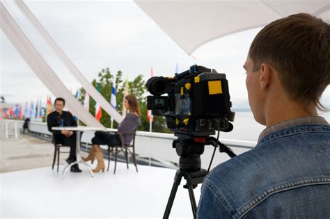 tutorial video production captivate customers with a corporate video under30ceo