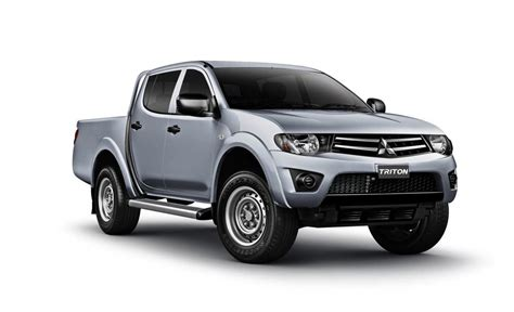 mitsubishi triton 2013 mitsubishi triton price cuts more features for