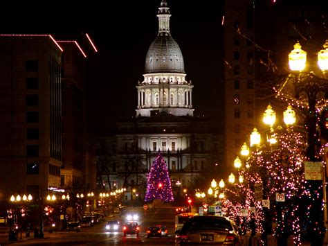 michigan christmas picture lansing mi time in lansing photo picture image michigan at city data