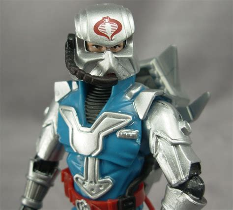 Regalia Battle Suit Go Leader Edition joebattlelines review of g i joe 25th anniversary 2008 wave 2 cobra commander armored version