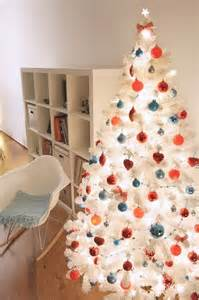 Arts And Crafts Christmas Decorations - our white christmas tree decorated in red amp turquoise
