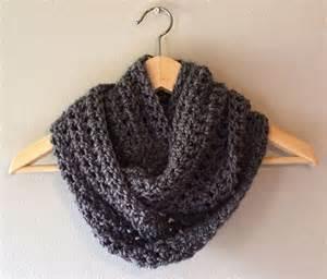 Easy Infinity Scarf Crochet Pattern Free Easy Infinity Scarf Pattern Easy Crochet