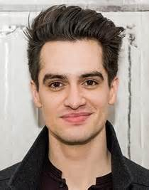 Brendon urie body measurements height weight shoe size vital stats