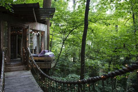 airbnb tree house live out your fairytale fantasy in this dreamy treehouse airbnb in atlanta secluded