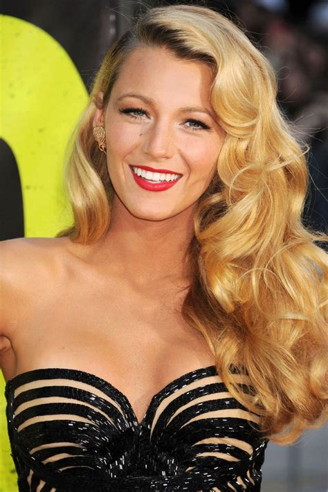 celebrity with blonde curly hair 30 best hollywood red lip images on pinterest beautiful