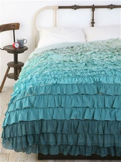 cute bed spreads 1000 ideas about ombre bedding on pinterest comforter