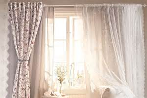 vorhänge auf schienen wohnzimmer gardinen landhausstil m 246 belideen