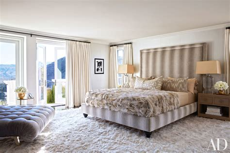 kardashians bedroom celebrity homes khlo 233 and kourtney kardashian dream homes