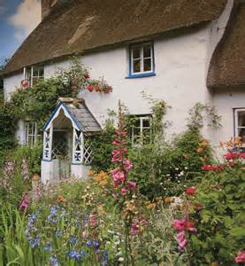 Cottage Garden Nursery - lavender cottage the charm of cottage gardens