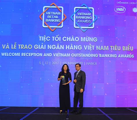 home credit reaps high profile award talk