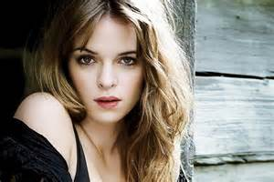 Danielle panabaker wallpapers list