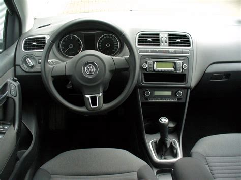comfort line file vw polo v 1 2 comfortline pepper grey interieur jpg