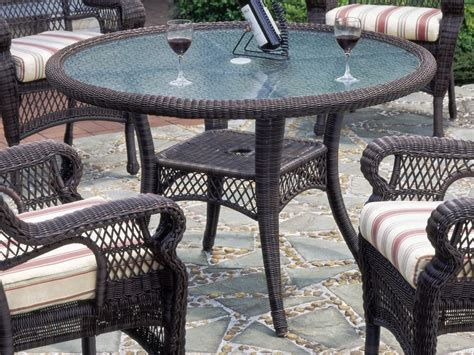 Outdoor Wicker Patio Table And Chairs Teachfamilies Org Rattan Patio Table