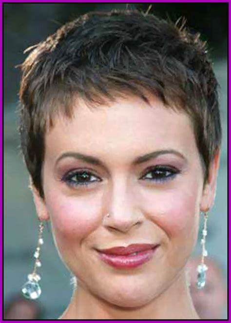 pic of pixie cuts on women pixie haircut women