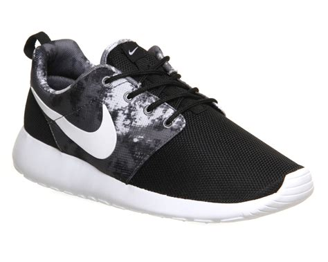 nike roshe run black white cool grey print unisex sports